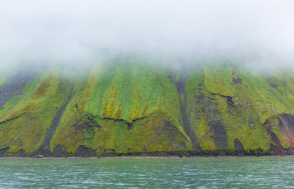 Исфьорден — второй по длине фьорд