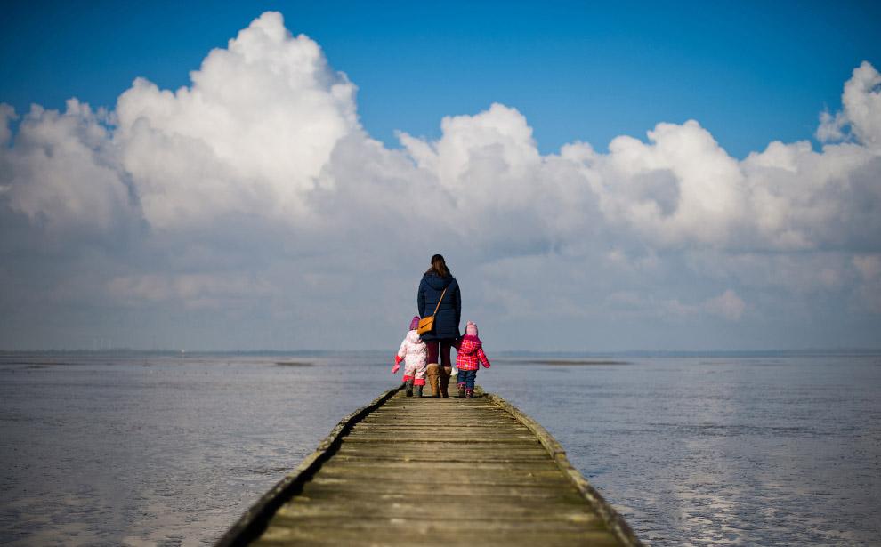 Весенняя прогулка на побережье Северного моря, Германия