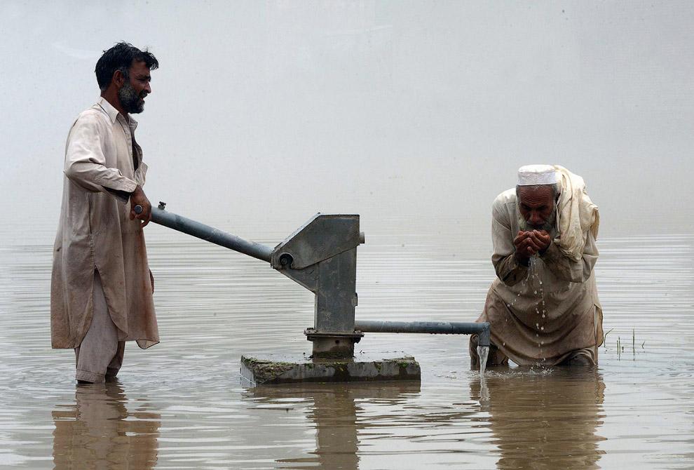 Насос в провинции Хайбер-Пахтунхва Пакистана