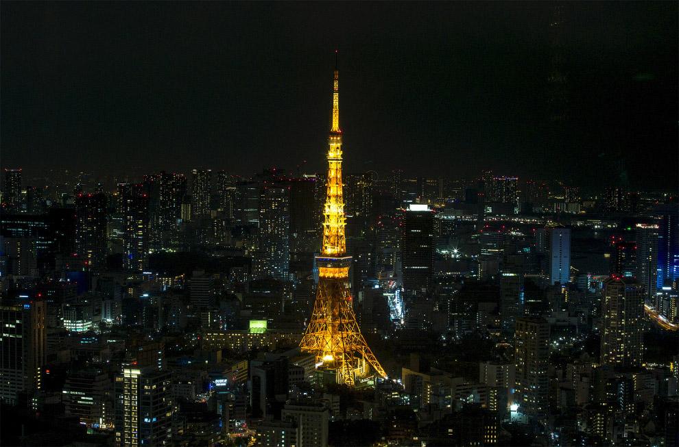 Центральная часть Токио и Токийская башня