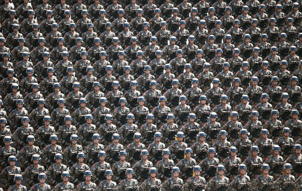 Грозная китайская армия, Пекин