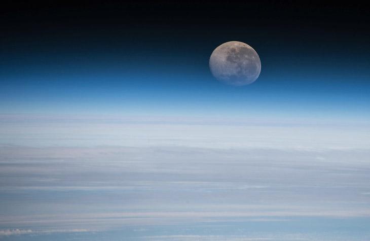 Так выглядела Луна с борта МКС