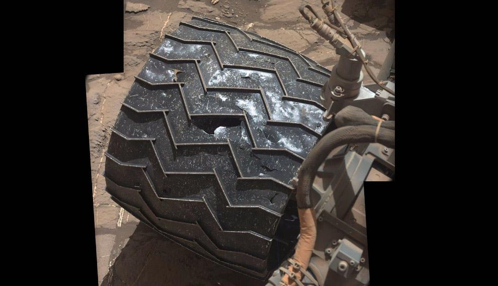 Любопытный марсоход Curiosity