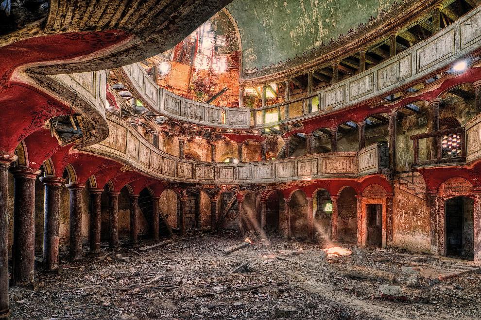 Забытый божественный дворец