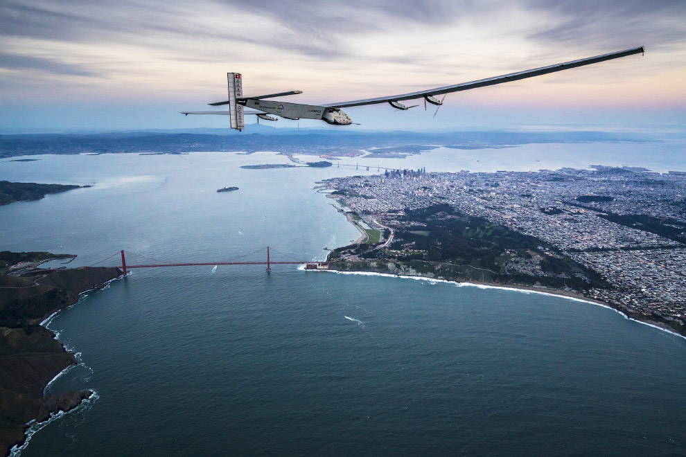 Самолёт на солнечных батареях Солнечный Импульс-2
