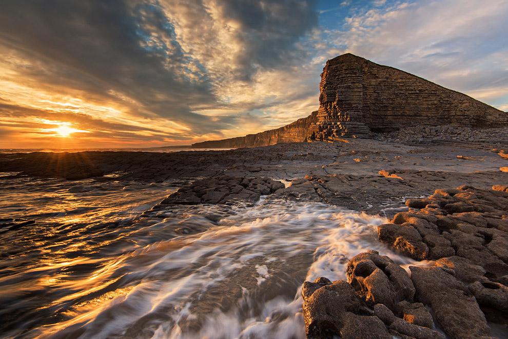 Закат в Вейл-оф-Гламорган, Уэльс