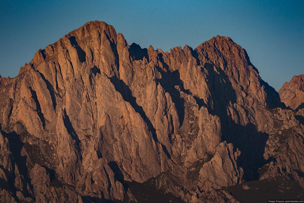 Пики горы Цей-Лоам.