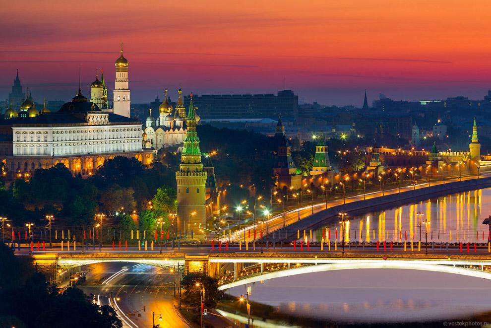 Кремль летом.