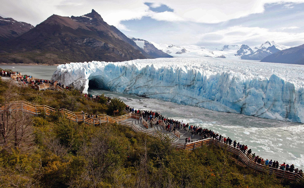 Знаменитый ледник Перито-Морено