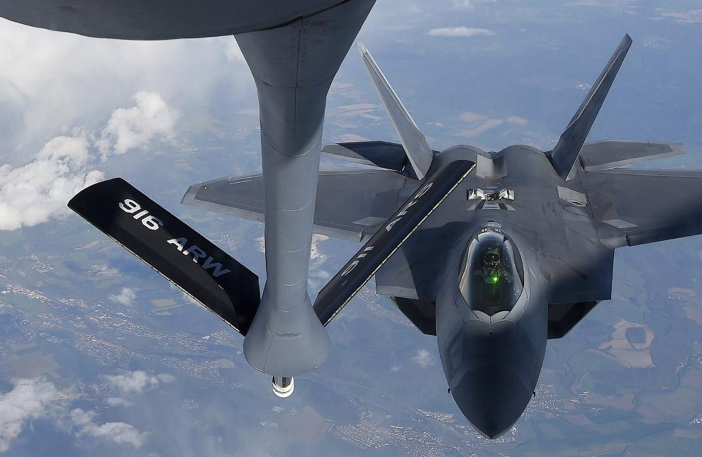 F-22 «Раптор»