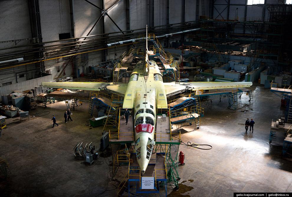 Ту-22М3 — дальний многорежимный бомбардировщик-ракетоносец