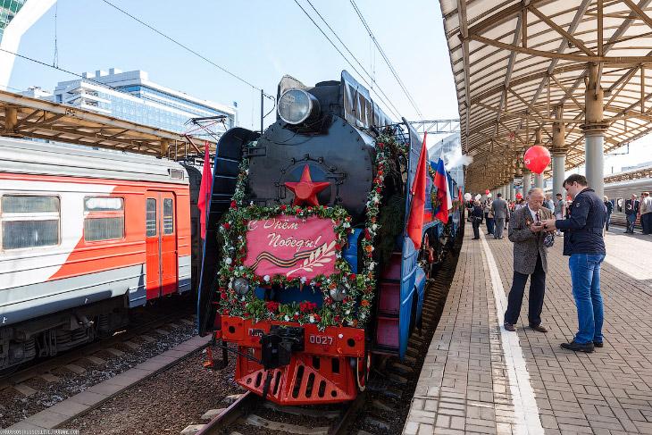 паровоз П36-0027