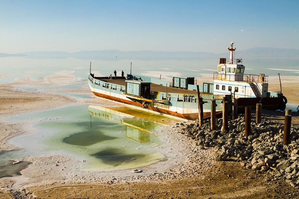 Урмия - крупнейшее озеро Ближнего и Среднего Востока, находящееся на северо-западе Ирана