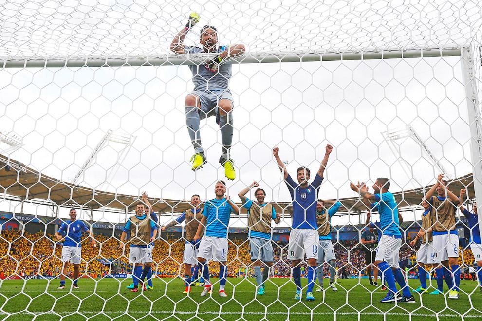 Сборная Италии победила Швецию