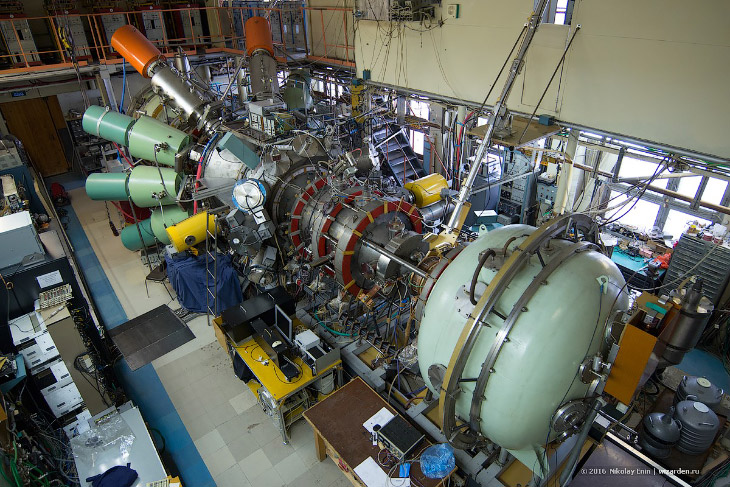 Экскурсия в Институт Ядерной Физики