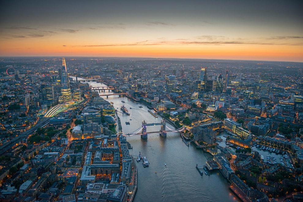 """Тауэрский мост, небоскреб """"Осколок"""" и Лондонский Сити"""