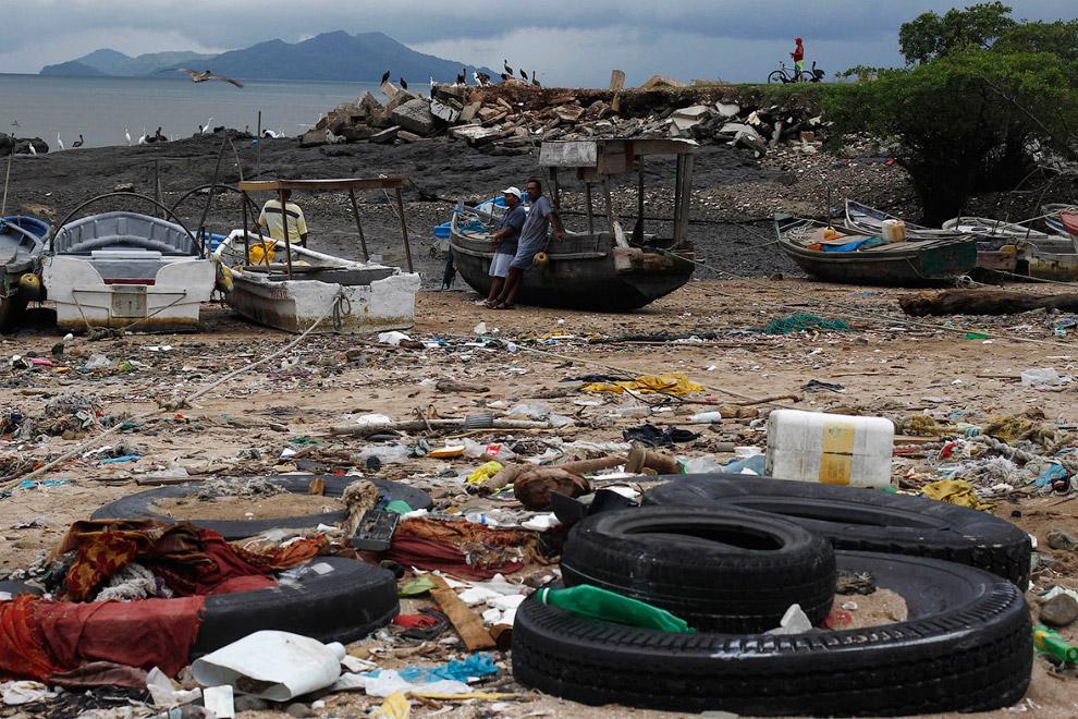 Пляж на окраине Панама-Сити
