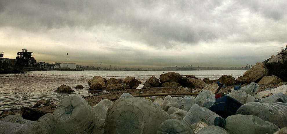 Берег Средиземноморья в Бейруте