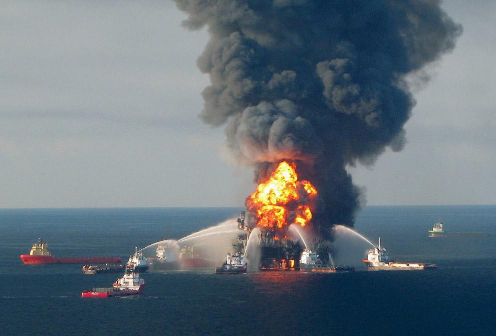 Пылающая нефтяная платформа в Мексиканском заливе тоже не добавляет экологичности