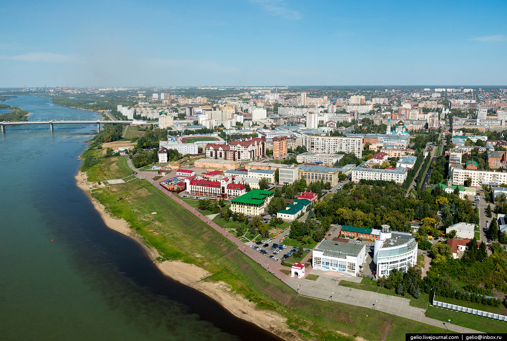 Набережная Тухачевского и историко-культурный комплекс Омская крепость.