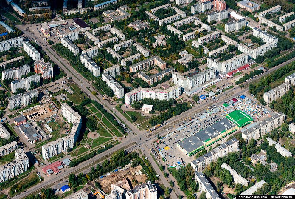 Микрорайон Заозёрный-1 и Первомайский рынок.