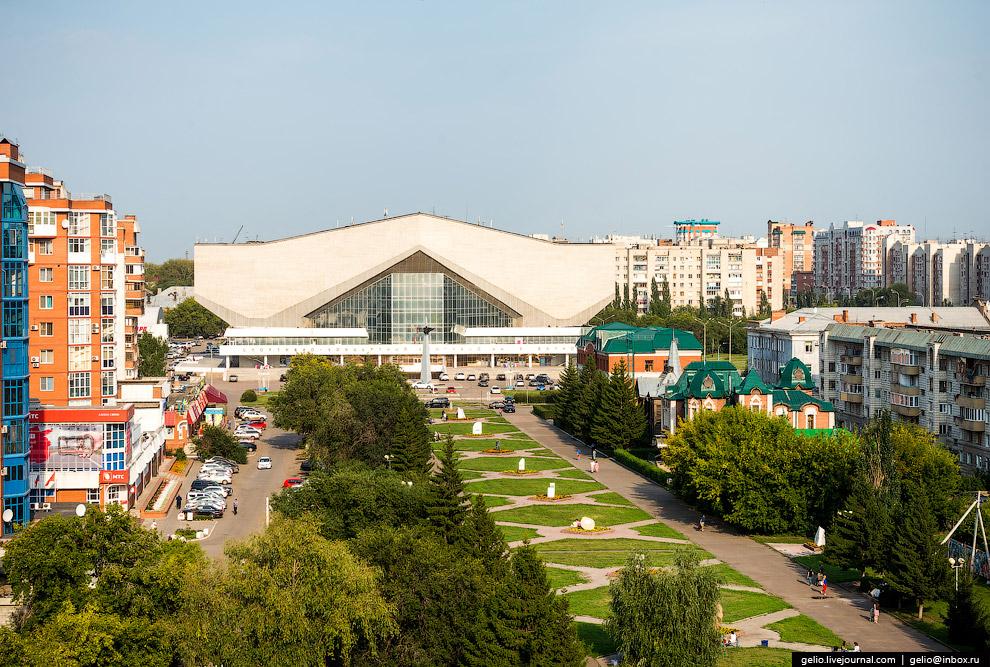 Спортивно-концертный комплекс им. Блинова — один из крупнейших за Уралом подобных комплексов.