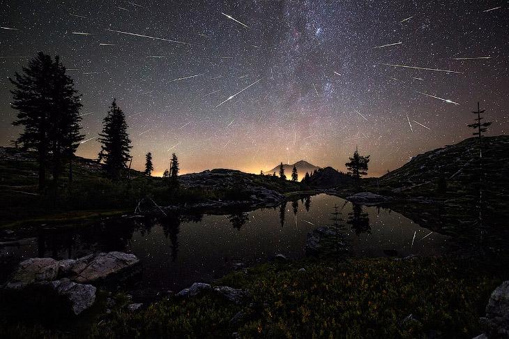Персеи́ды — метеорный поток