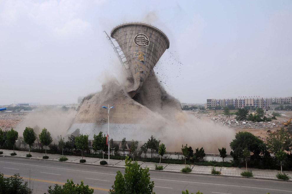 Взрыв градирни в провинции Шаньдун