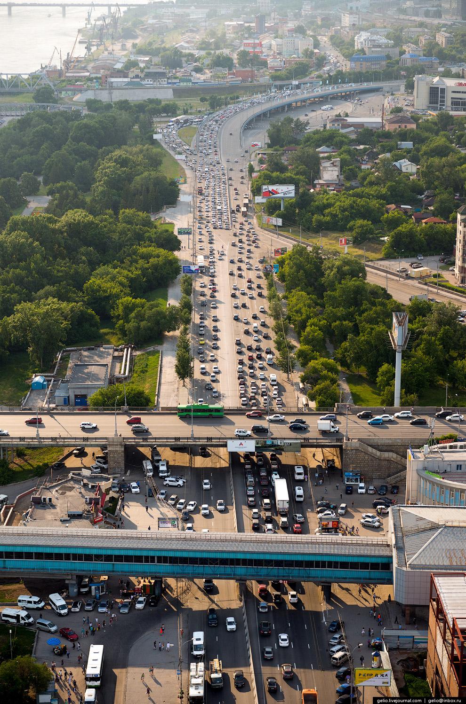Улица Большевистская. Станция метро «Речной вокзал».