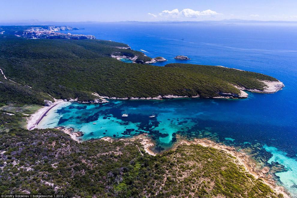 Потрясающие виды Корсики и Сардинии с дрона
