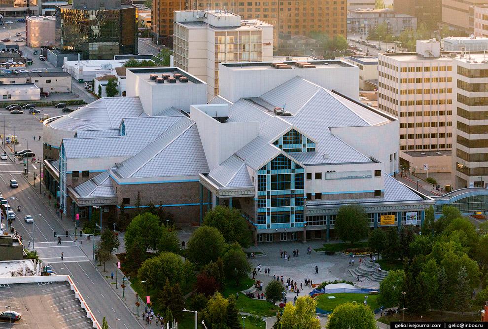 Центр современного искусства Аляски (Alaska Center for the Performing Arts).