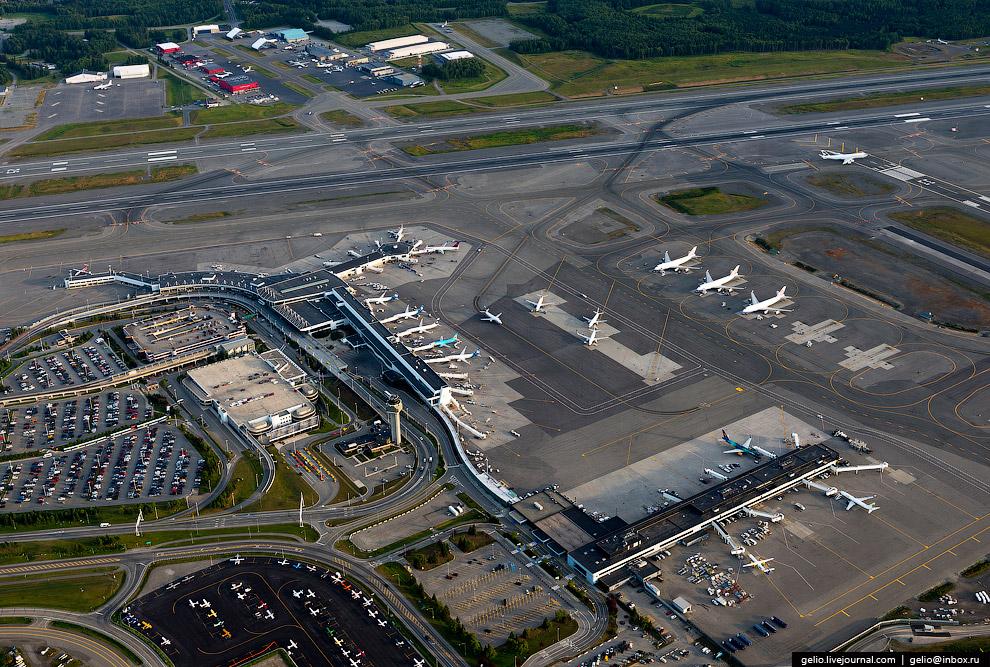 Аэропорт имени Теда Стивенса в Анкоридже