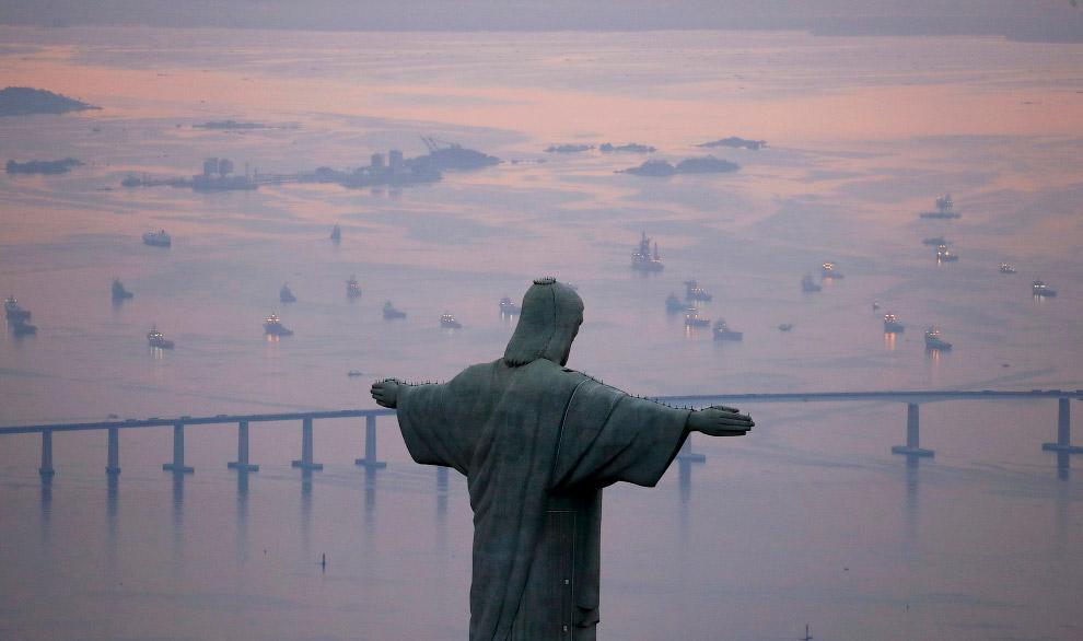 Символ Рио-де-Жанейро и Бразилии