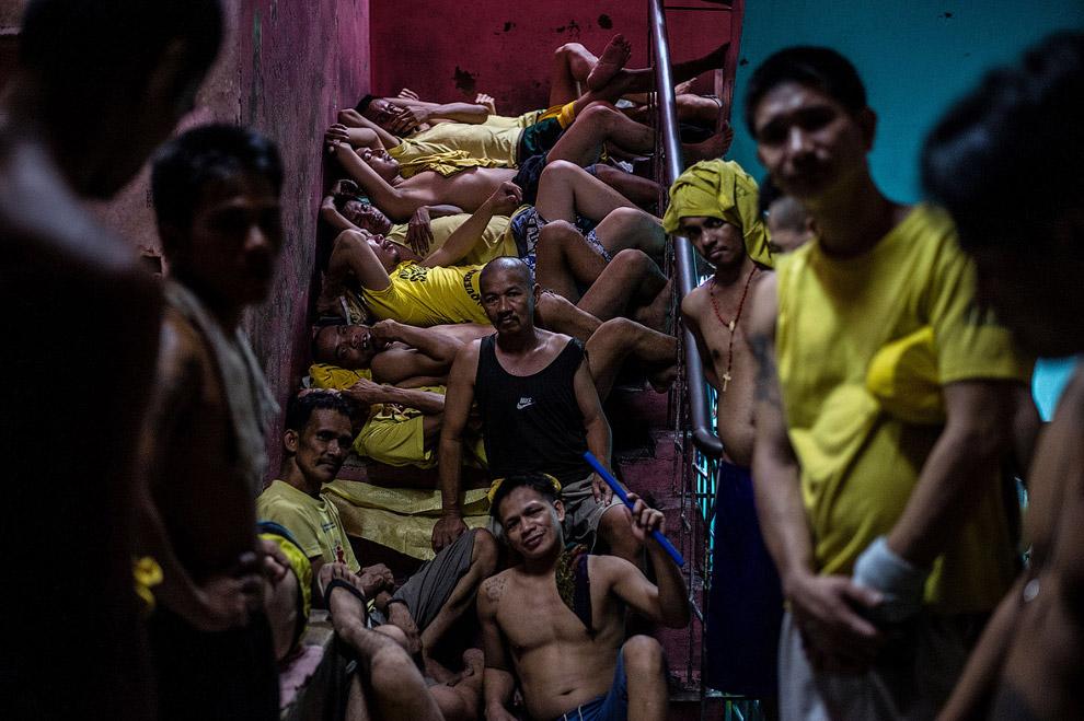 Шокирующие фотографии из тюрьмы на ФилиппинахШокирующие фотографии из тюрьмы на Филиппинах