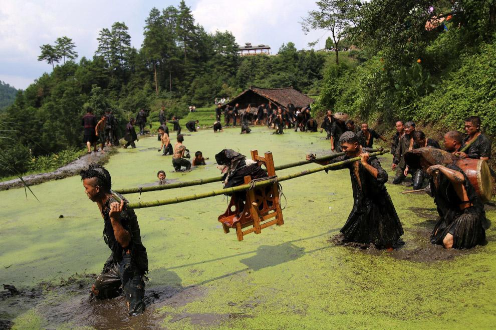 Фестиваль в провинции Гуйчжоу, Китай