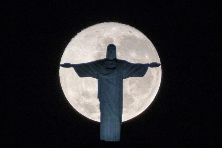 В олимпийском Рио тоже происходило интересное событие — полнолуние