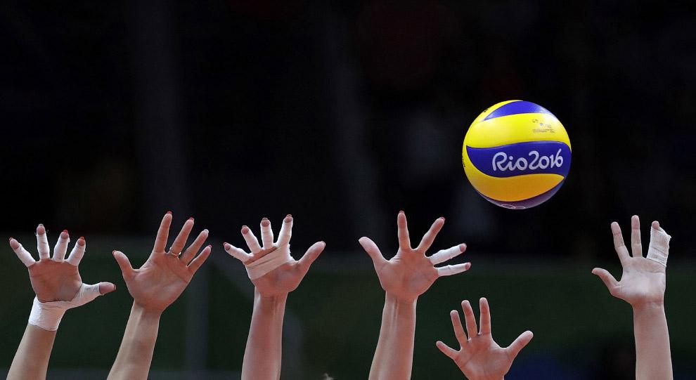 Наши волейболистки против сборной Камеруна