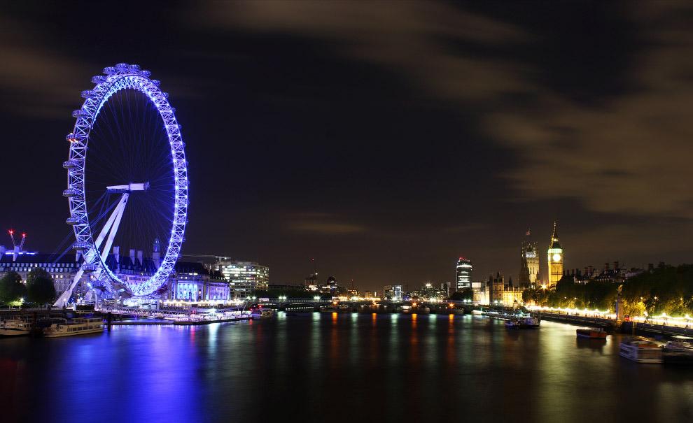 Лондонский глаз ночью