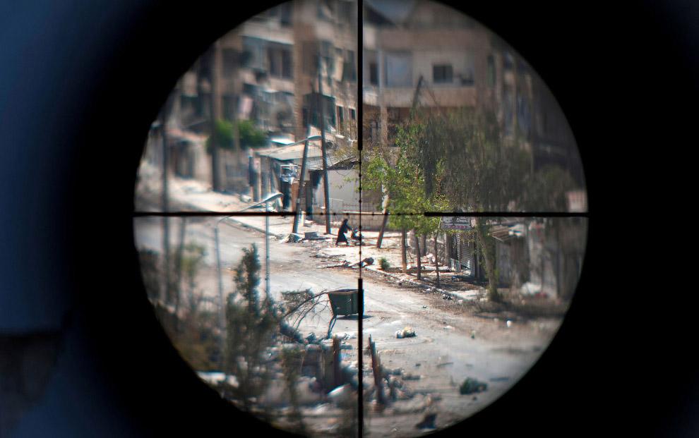 Алеппо через оптический прицел снайперской винтовки