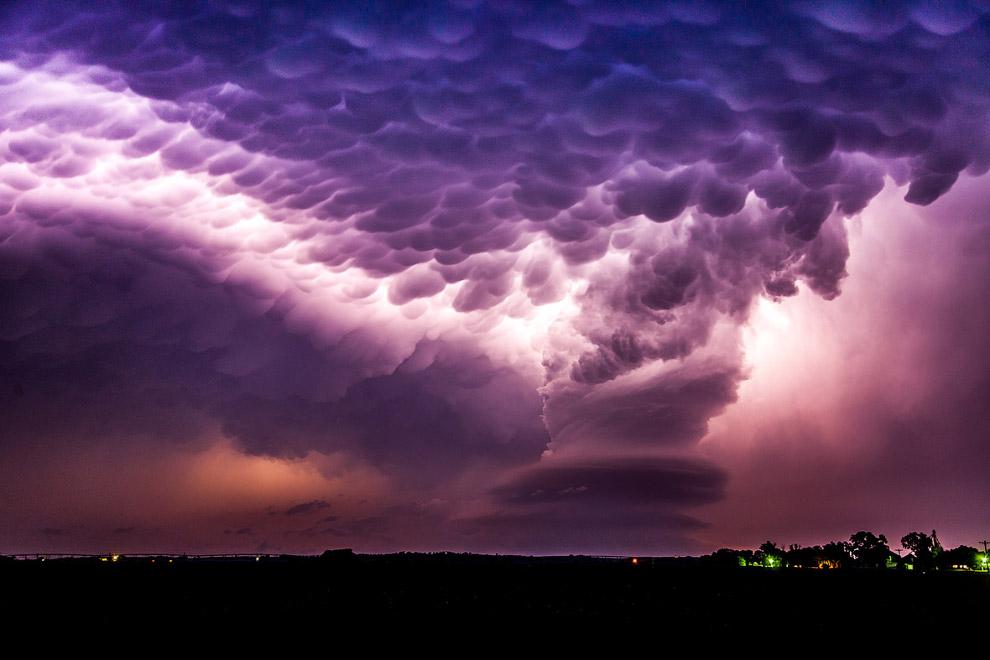 Вымеобразные облака в штате Небраска