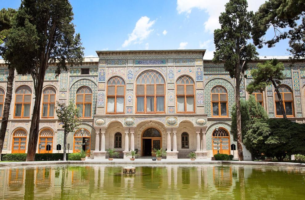 Голестан — дворец в Тегеране, музей