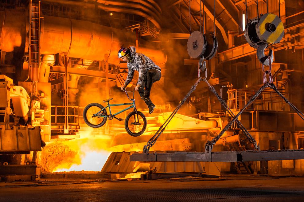 Соревнования на заводе в Запорожье