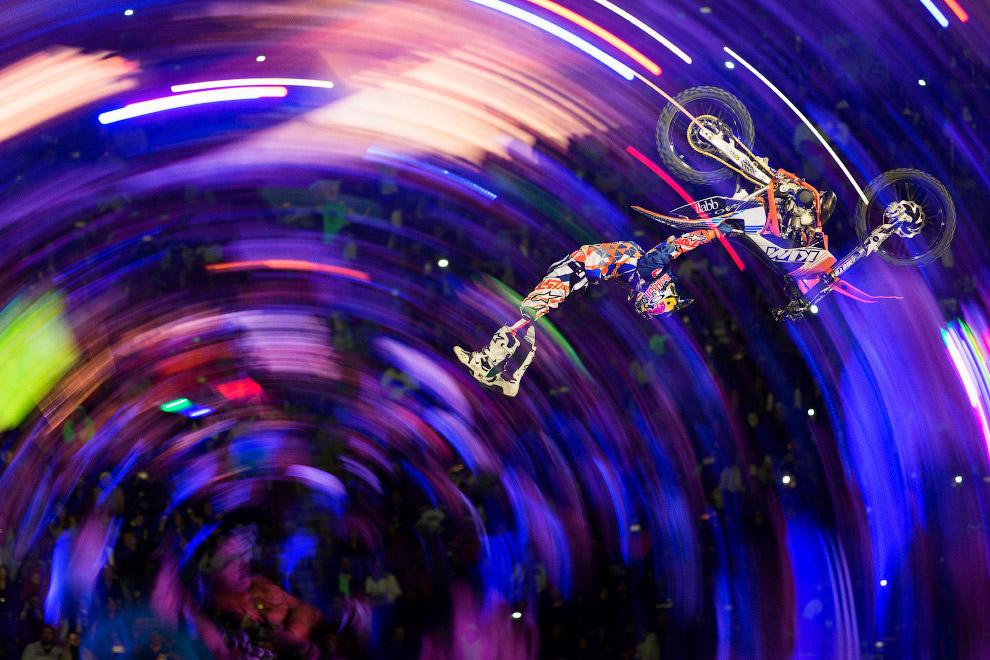 Чемпионаты мира по мотофристайлу Red Bull X-Fighters