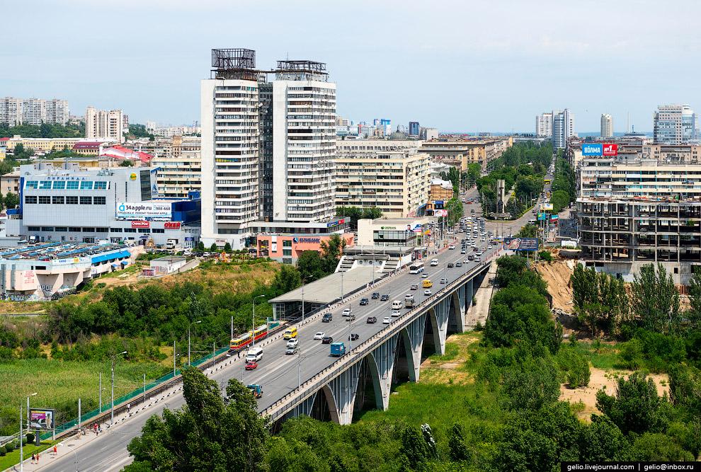 Мост через пойму реки Царица