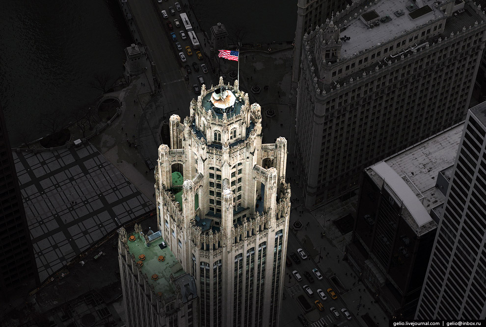 Трибьюн-Тауэр (Tribune Tower).