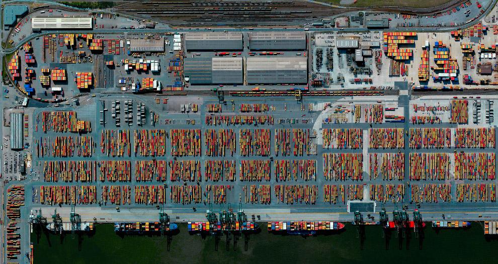 Порт Антверпена в Бельгии
