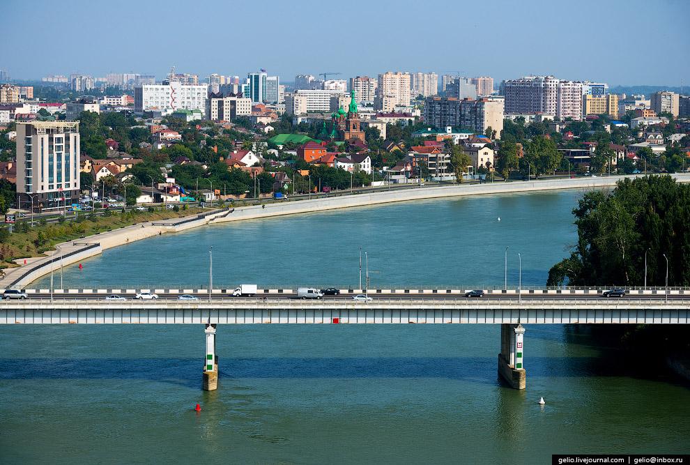 Тургеневский мост через реку Кубань