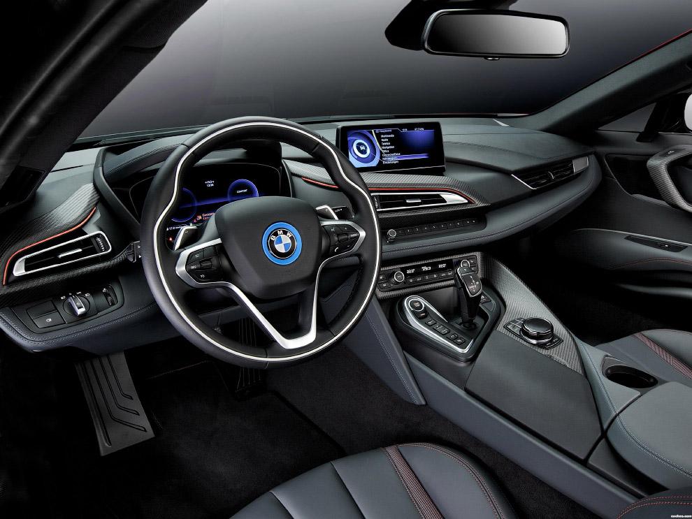 Концепткар BMW i8