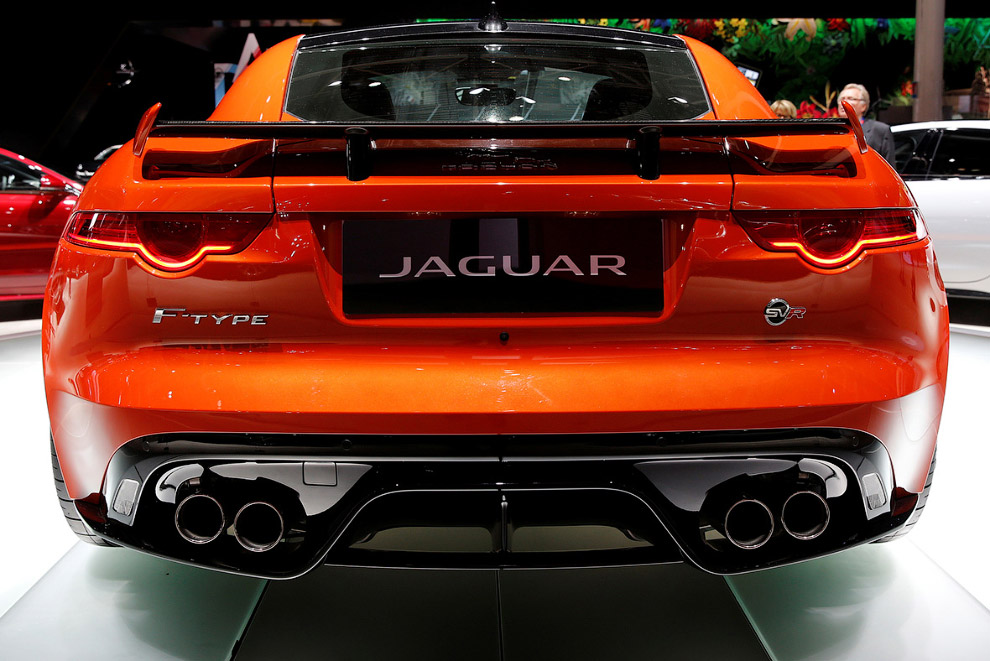 Cуперкар Jaguar F‑Type