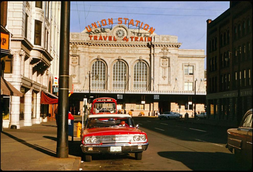 Железнодорожный вокзал Юнион-Стейшн, Денвер, штат Колорадо, 1963 год.